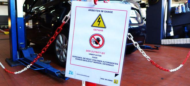 Safty first! Sicherheitsmaßnahmen vorm Trennen der Hochvoltbatterie.