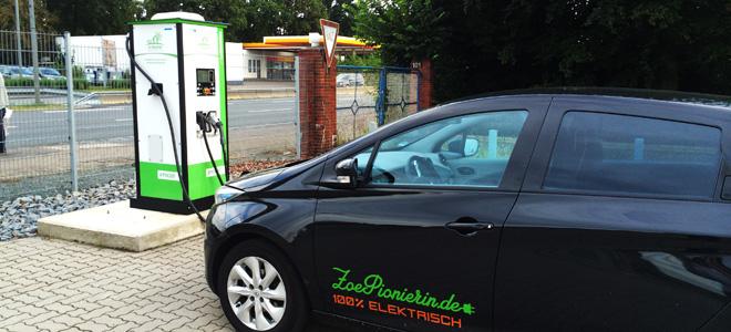Das freut alle Elektroautofahrer. Eine Multistandard-Schnellladesäule bei Bremen